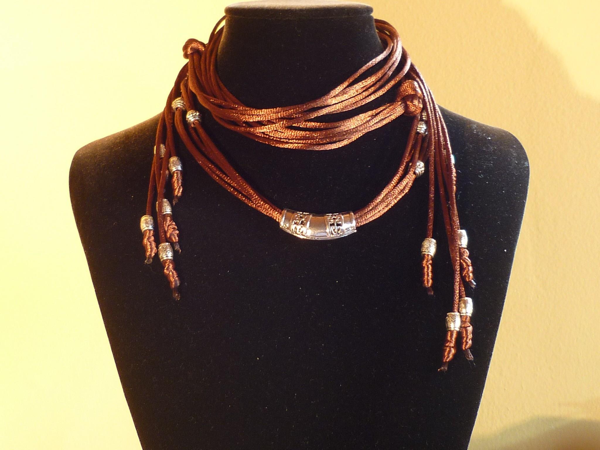 Collana stringhe tibetane