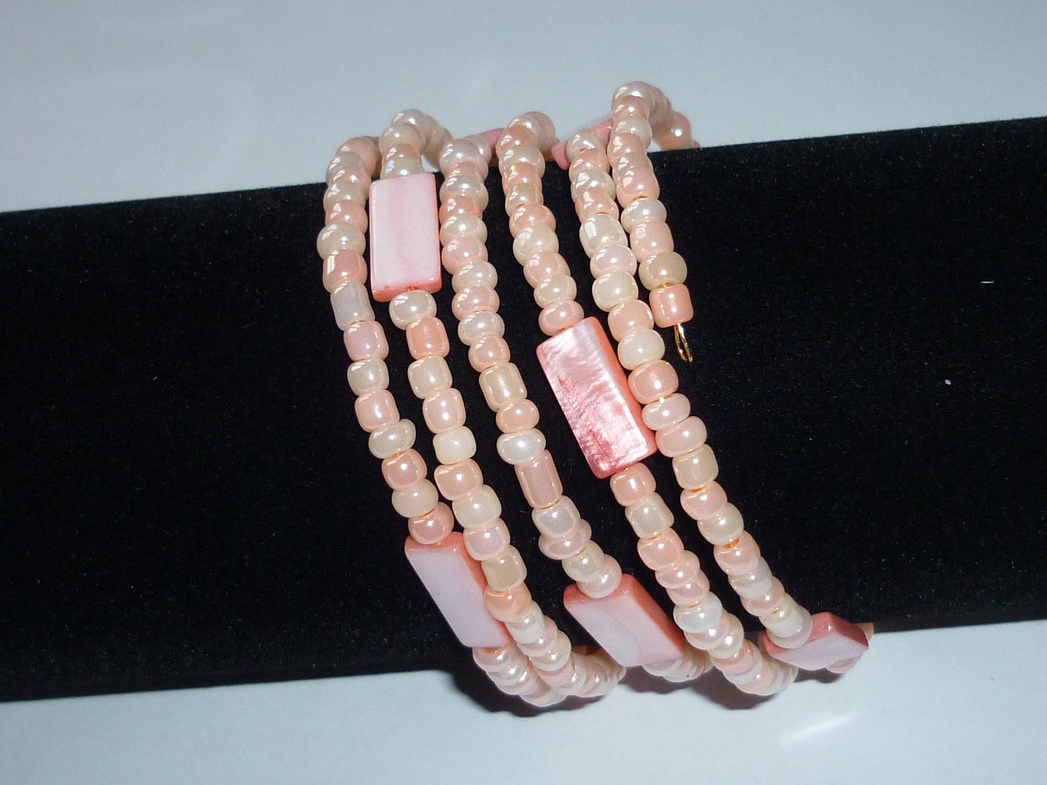 Bracciale madreperla rosa