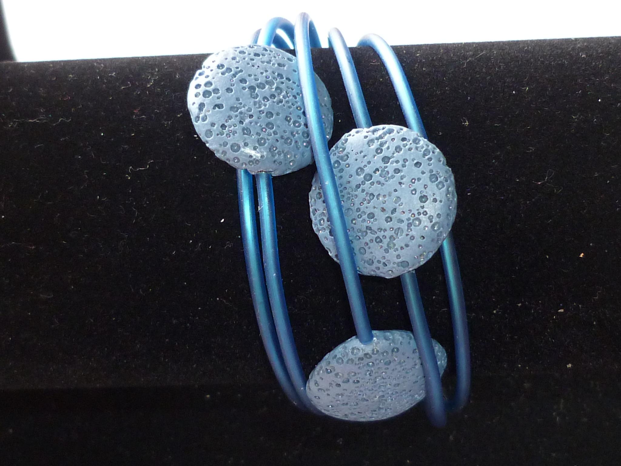 Bracciale dischi di lava blu
